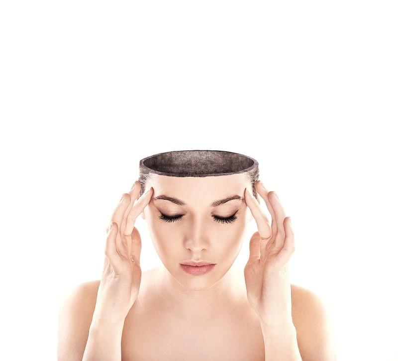 Ból głowy nie daje Ci spokoju? Sprawdź, gdzie szukać jego przyczyn i jak z nim walczyć