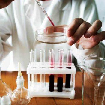 badanie krwii przy używaniu suplemenów