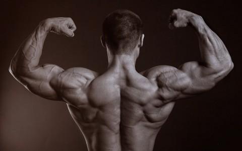 Bezpieczny trening mięśni pleców