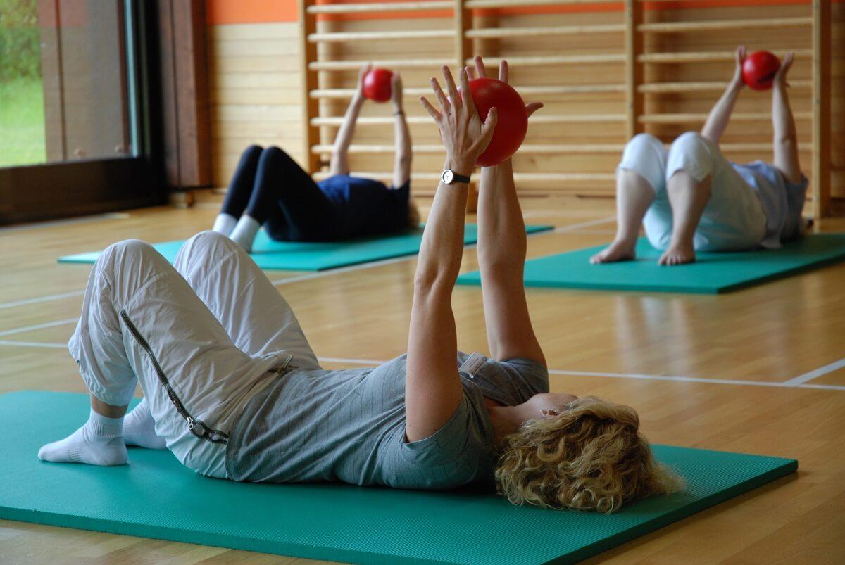 ćwiczenia na macie nieobciążające stawów